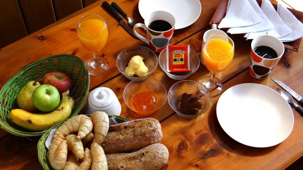 cabañas pueblo rivero desayuno